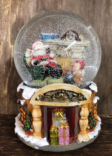 We Wish You A Merry Christmas Large Wind Up Musical Christmas Snow Globe